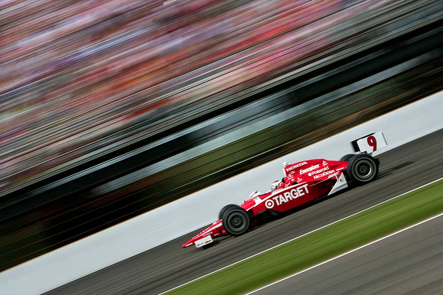2008: Scot Dixon completes a pole position/race win double at Indy