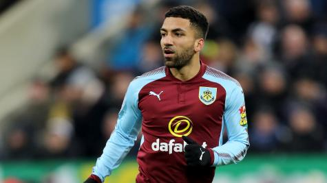 Wood header gives Burnley late win over Everton