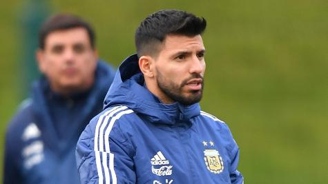 Messi isn't missed as Argentina down Italy