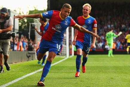 Crystal Palace forward Dwight Gayle (Getty Images)