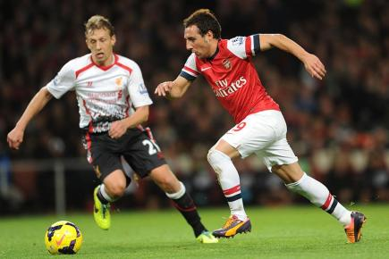 Arsenal's Santi Cazorla on the ball