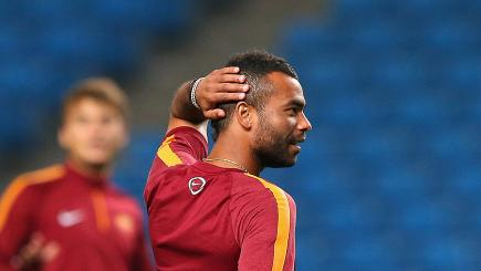 Ashley Cole has been linked with a Palace loan move