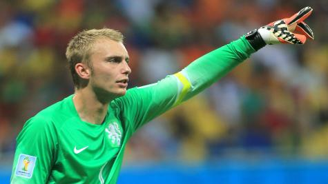 Barcelona goalkeeper Cillessen open to Premier League move