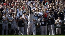 The Yankees and Red Sox came together to bid farewell to Derek Jeter, centre (AP)