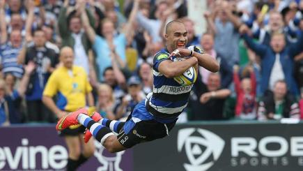 Bath's Olly Woodburn dives over to score against Leicester at The Rec.