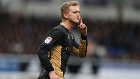 Championship play-off hopefuls Millwall held to draw at Ipswich