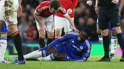 Zouma facing six months out with knee injury