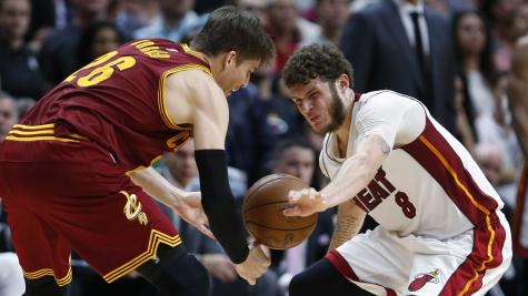 Heat stay alive, rally to top Cavaliers 124-121 in OT