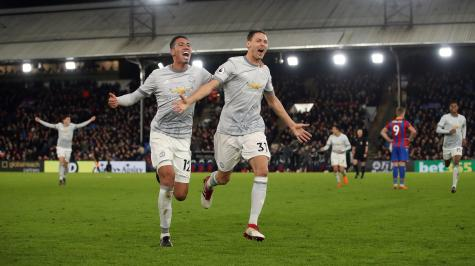 Man United in a good place despite constantly shifting opinion