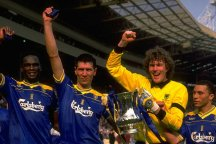 Dave Beasant with (l to r) Eric Young, Lawrie Sanchez and Terry Phelan after Wimbledon's 1988 FA Cup success.
