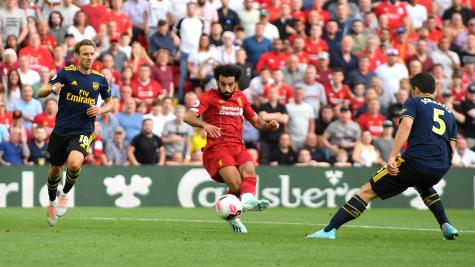 Dominant Liverpool ease to win over Arsenal