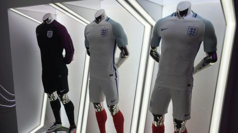 England to wear new navy blue kit against Germany