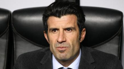 Luis Figo to stand for FIFA presidency