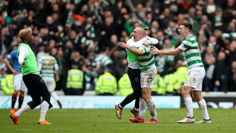 F_Image_Celtic celebrate Old Firm
