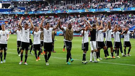 Germany click into gear with Slovakia drubbing