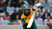 Hashim Amla has made only 10 runs in two innings against England in the ODI series