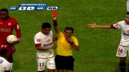 Horror kung-fu kick to face earns deserved red