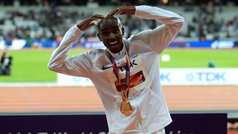 Britain's Mo Farah wins 10000m gold at IAAF World Championships