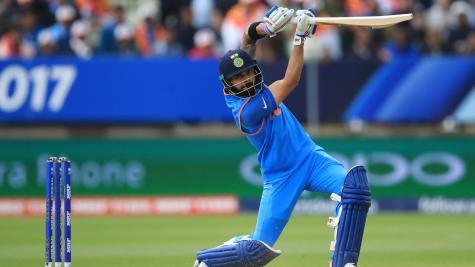 India smash Pakistan in Champions Trophy
