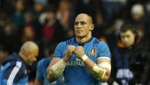 Italy captain Sergio Parisse celebrates his side's 22-19 RBS 6 Nations victory over Scotland