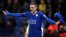 Jamie Vardy celebrates after opening the scoring