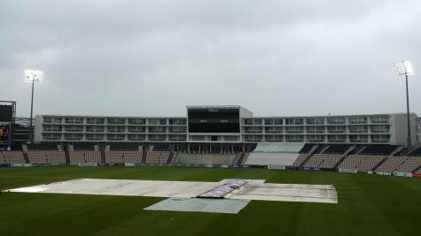 Lancashire see hopes of victory put on hold by bad weather