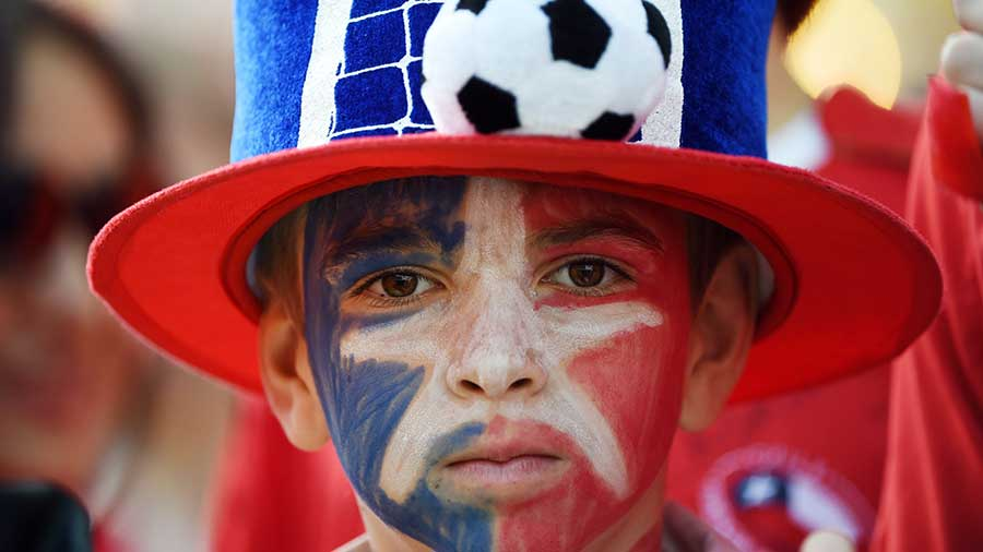 Let's hope this Chile fan has something to smile about when they tackle Holland - lets-hope-this-chile-fan-has-something-to-smile-about-when-they-tackle-holland-136391384260502601-140623165824