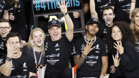 Lewis Hamilton calls for changes to end of Formula One season