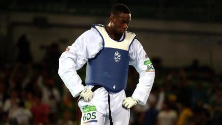 Lutalo Muhammad breaks down after losing Taekwondo
