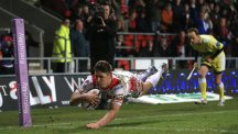 Tommy Makinson scored a spectacular try for St Helens