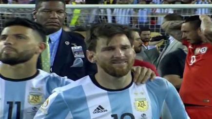 Messi in tears as Copa final defeat prompts retirement