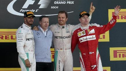 Mercedes gets one-two as Rosberg keeps rolling in Russian GP