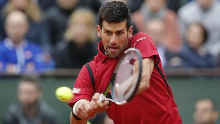 Djokovic reaches 6th consecutive French Open SF