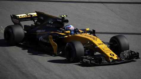 Palmer unhurt after crash in Sochi continues miserable start to season