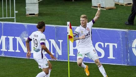 Perth Glory v Newcastle Jets