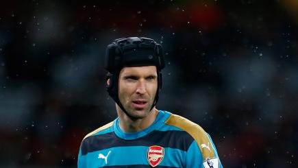 Petr Cech was on Manchester United's radar before Arsenal signing