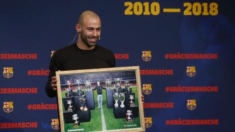 Barcelona holds farewell ceremony as Mascherano leaves