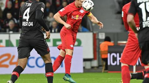 Red Bull Leipzig go top and set record with Bayer Leverkusen win