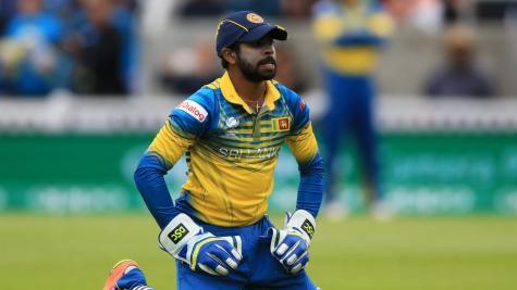 Dickwella, Gunaratne guide Lanka to win in record Test run chase