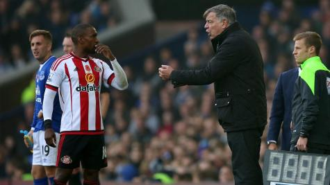 Relegation looms for Silva and Hull after defeat to Moyes' Sunderland