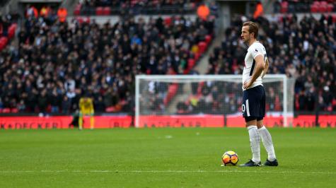 Kane strikes historic hat-trick as Spurs hammer Southampton