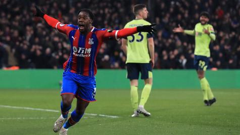 Super-sub Schlupp seals points for Palace as Eagles soar to fifth
