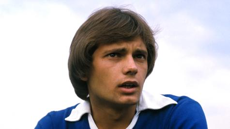Tributes pour in for former England midfielder Ray Wilkins
