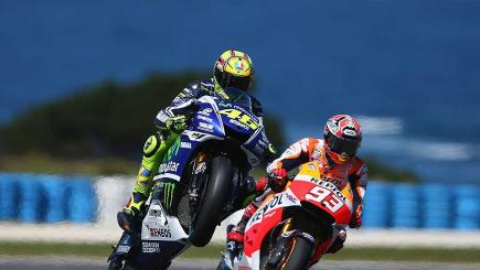 Rossi and Marquez collide in dramatic finale