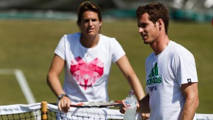 Virginia Wade has criticised Andy Murray's choice of coach