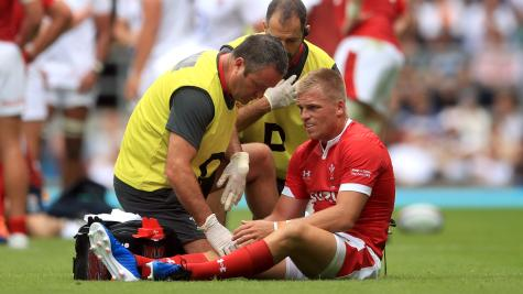 Wales fly-half Anscombe ruled out of World Cup with knee ligament injury