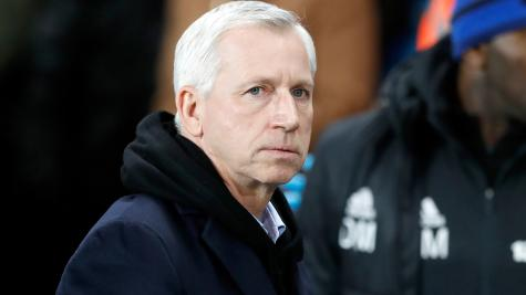 Pardew holding crisis talks with West Brom