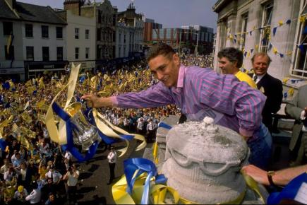 Wimbledon's Vinnie Jones shows off the FA Cup in 1988