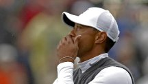 Tigers Woods suffered a torrid day in Arizona (AP)