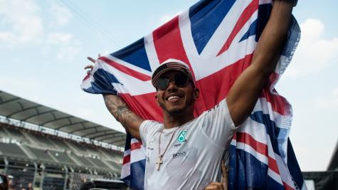 World champion Lewis Hamilton gets guard of honour from Mercedes staff